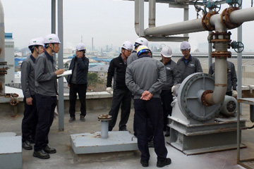 Picture of the Safety and Health Inspection at Ulsan Plant